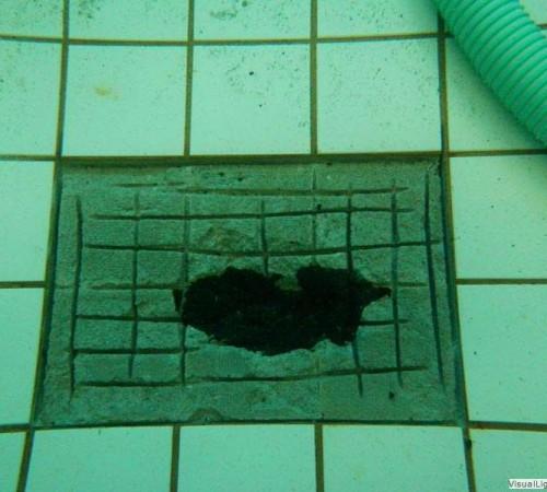 Verwijderen roestafzetting Orka zwembadreparatie